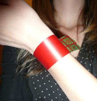 DIY Holiday Bracelet