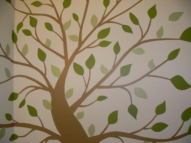 Diy wall vinyl decal tree sheekgeek for Diy tree wall art